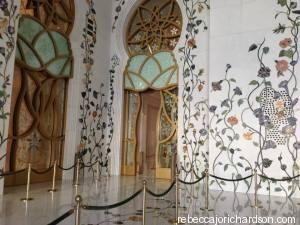 walls in the mosque Abu Dhabi